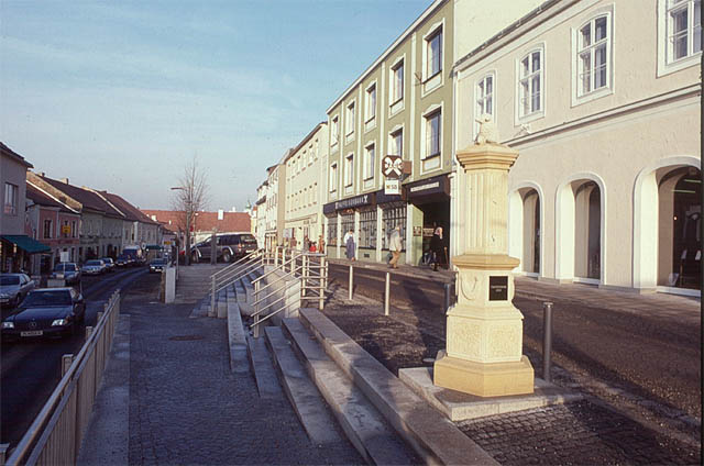 hiesmayr-kratochwil-waldbauer, architectural design of the market center neulengbach